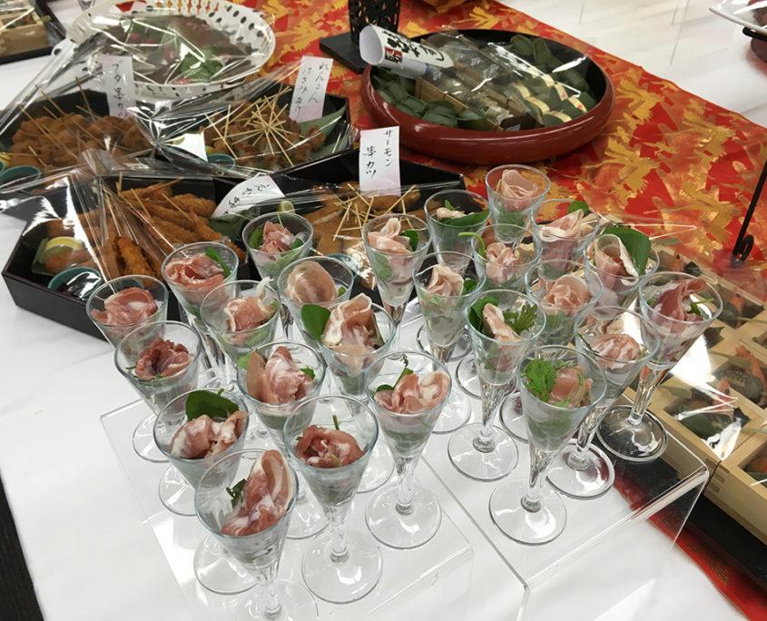 シンポジウム祝賀会パーティー料理