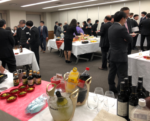学長主催 卒業生・修了生の代表者との懇談会用パーティー料理のお届け